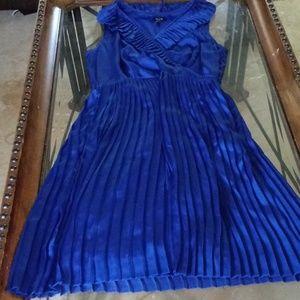📣📣Electric Blue dress By Apt 9🌟🌟